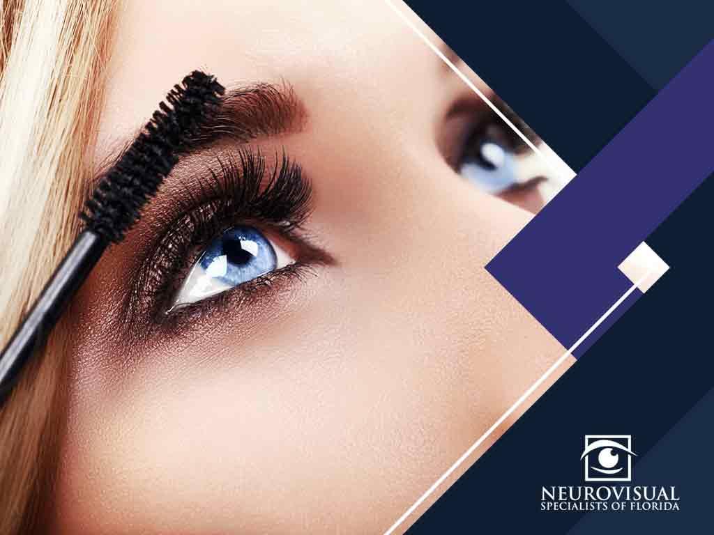 3 Tips on Avoiding Eye Infections When Applying Makeup
